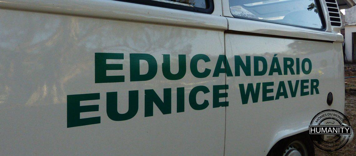 camion educandario blanc vert
