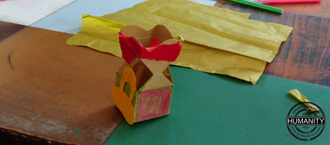 boite carton couleurs
