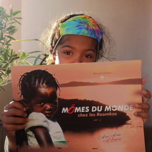 momes du monde livre rose afrique